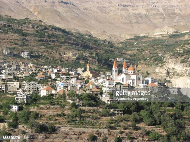 bsharri (becharre, bcharre, bsharre) village in the kadisha valley, northern lebanon - argenberg stock pictures, royalty-free photos & images
