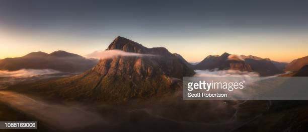 buachaille etive mor and surrounding mountains in autumn. - grampian scotland stock pictures, royalty-free photos & images