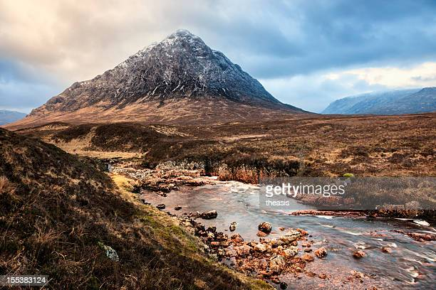 buachaille etive mor at sunrise - theasis stock pictures, royalty-free photos & images