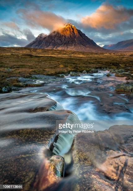 buachaille etive mor from the cauldron - glen etive mor stock pictures, royalty-free photos & images