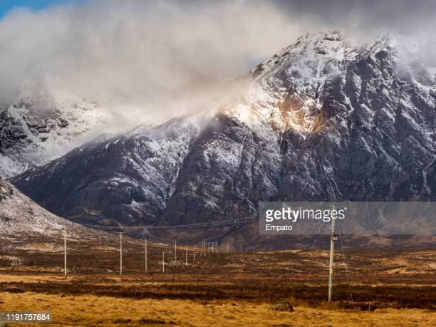 buachaille etive mor, glencoe, scotland. - glen etive mor stock pictures, royalty-free photos & images