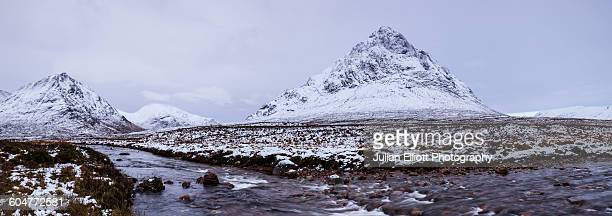 buachaille etive mor in glen coe and etive. - glen etive mor stock pictures, royalty-free photos & images
