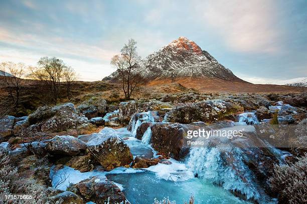 buachaille etive mor - theasis stock pictures, royalty-free photos & images