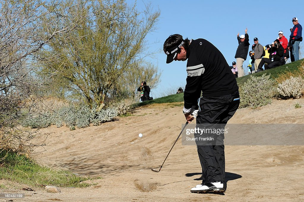 Bubba Watson hits his second shot on the par 4 4th hole during the third round of the World Golf Championships - Accenture Match Play at the Golf Club at Dove Mountain on February 23, 2013 in Marana, Arizona.