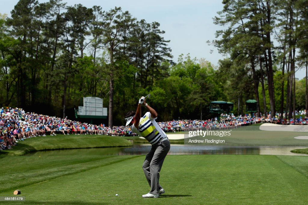 Bubba Watson of the United States hits his tee shot on the 16th hole during the second round of the 2014 Masters Tournament at Augusta National Golf Club on April 11, 2014 in Augusta, Georgia.
