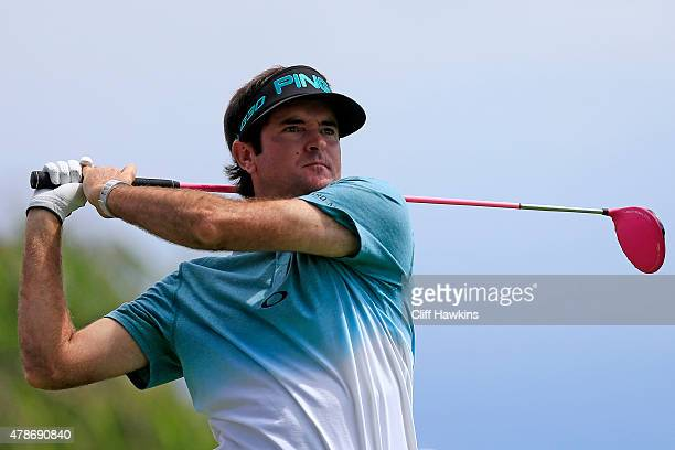 Bubba Watson plays his shot from the third tee during the second round of the Travelers Championship at TPC River Highlands on June 26 2015 in...