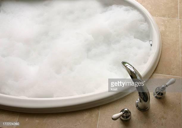 bubble bath, oval tub