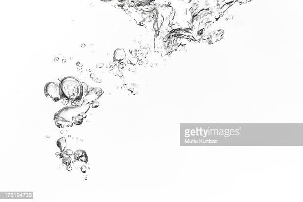 bubbles - water stock pictures, royalty-free photos & images