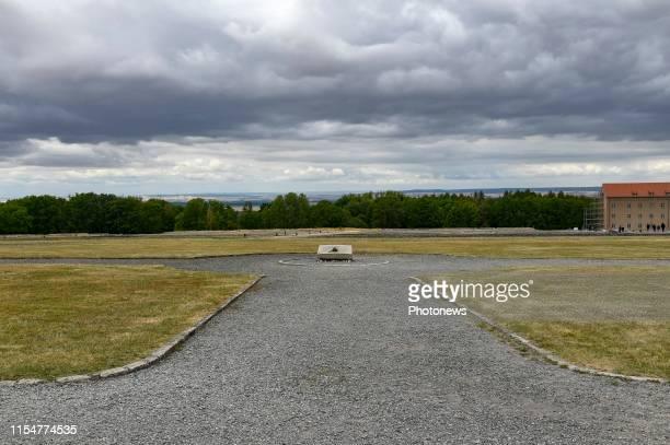 Buchenwald Germany Bezoek van Koning Koning aan de Bondsrepubliek Duitsland deelstaat Thüringen SachsenAnhalt Bezoek van het concentratiekamp...