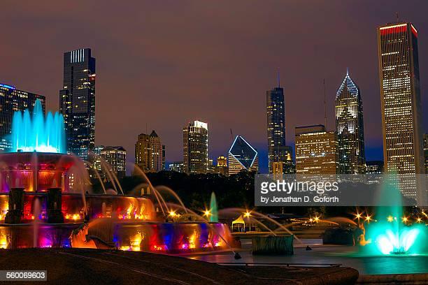 Buckingham Fountain & Chicago