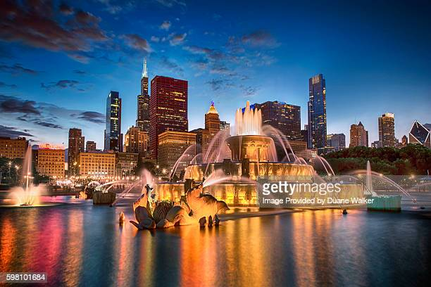 buckingham fountain, chicago - chicago stock pictures, royalty-free photos & images