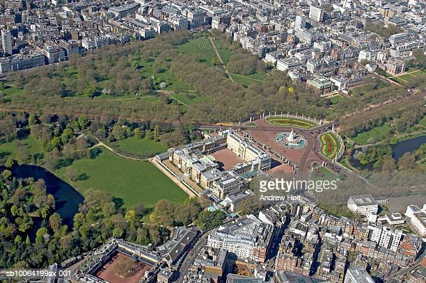 buckingham palace and queen victoria monument, aerial view - buckingham palace stock pictures, royalty-free photos & images