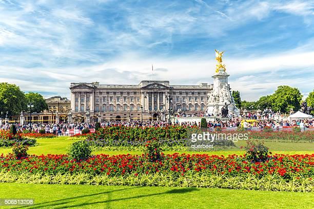 buckingham palace, london - buckingham palace stock pictures, royalty-free photos & images