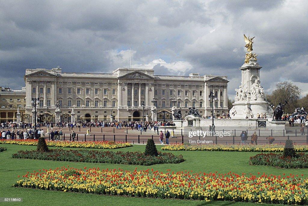 Buckingham Palace : News Photo