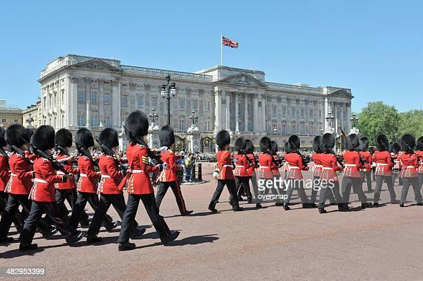 buckingham palace - buckingham palace stock pictures, royalty-free photos & images