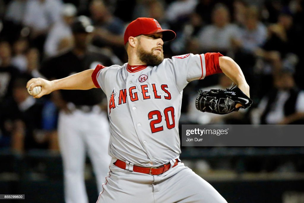 Bud Norris #20 of the Los Angeles Angels of Anaheim pitches against the Chicago White Sox during the first inning at Guaranteed Rate Field on September 28, 2017 in Chicago, Illinois.