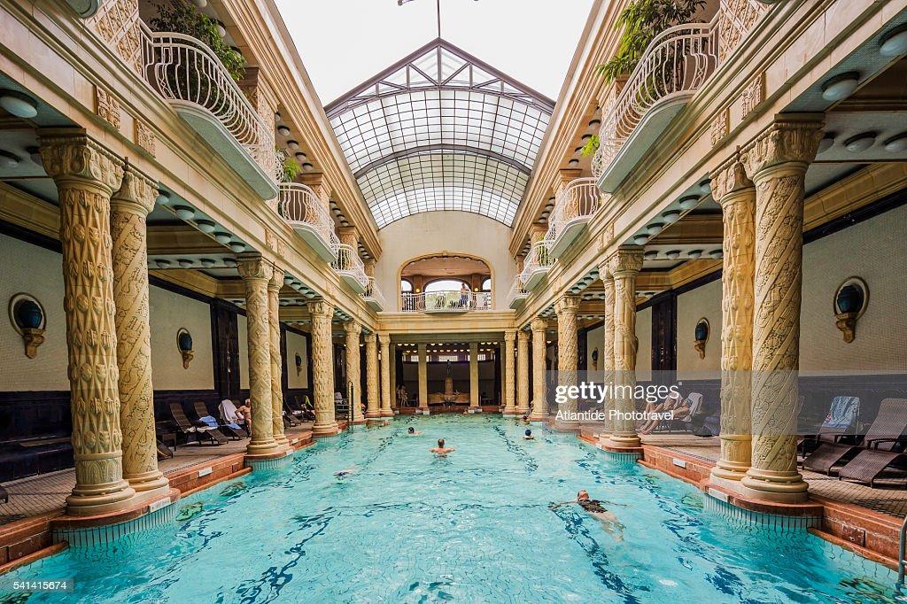 Buda hotel gellert thermal bath the indoor swimmingpool - Hotels in bath with swimming pool ...
