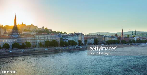 budapest cityscape at sunset - royal palace budapest stock pictures, royalty-free photos & images
