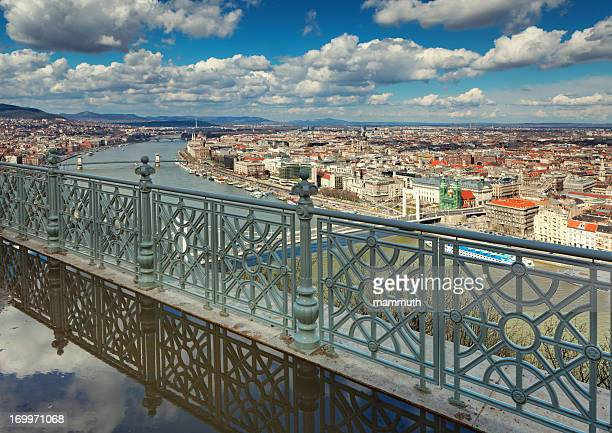 paisagem urbana de budapeste - ponte széchenyi lánchíd - fotografias e filmes do acervo