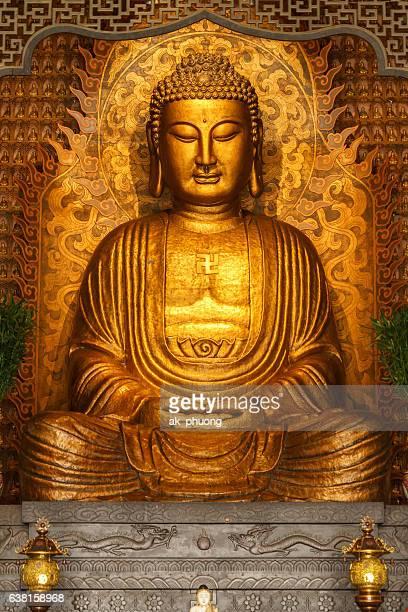 buddha statue - 仏陀 ストックフォトと画像