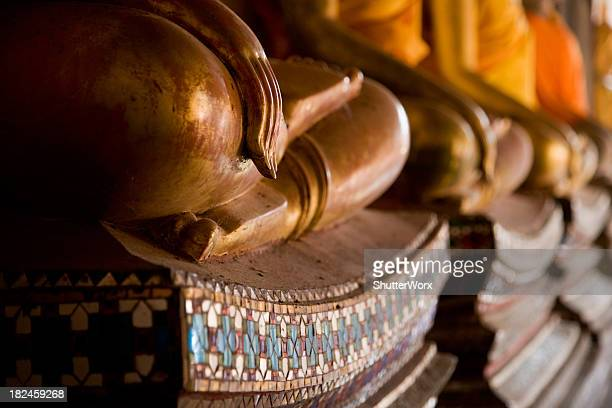 buddha statues - sukhothai stockfoto's en -beelden