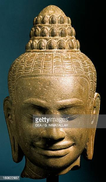 Buddha's head stone sculpture Cambodia Khmer Civilisation 12th13th century