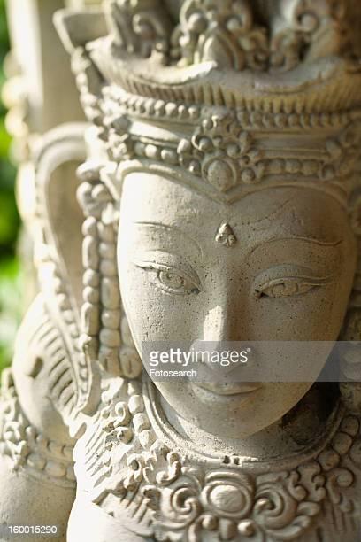 buddhist statue of kuan yin - guanyin bodhisattva foto e immagini stock