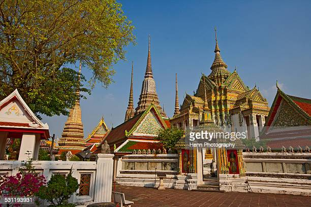 buddhist temple wat pho in bangkok - wat pho stock pictures, royalty-free photos & images