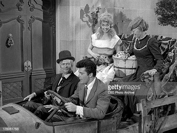Buddy Ebsen as Jed Clampett Max Baer Jr as Jethro Bodine Donna Douglas as Elly May Clampett and Irene Ryan as Daisy Moses in the THE BEVERLY...