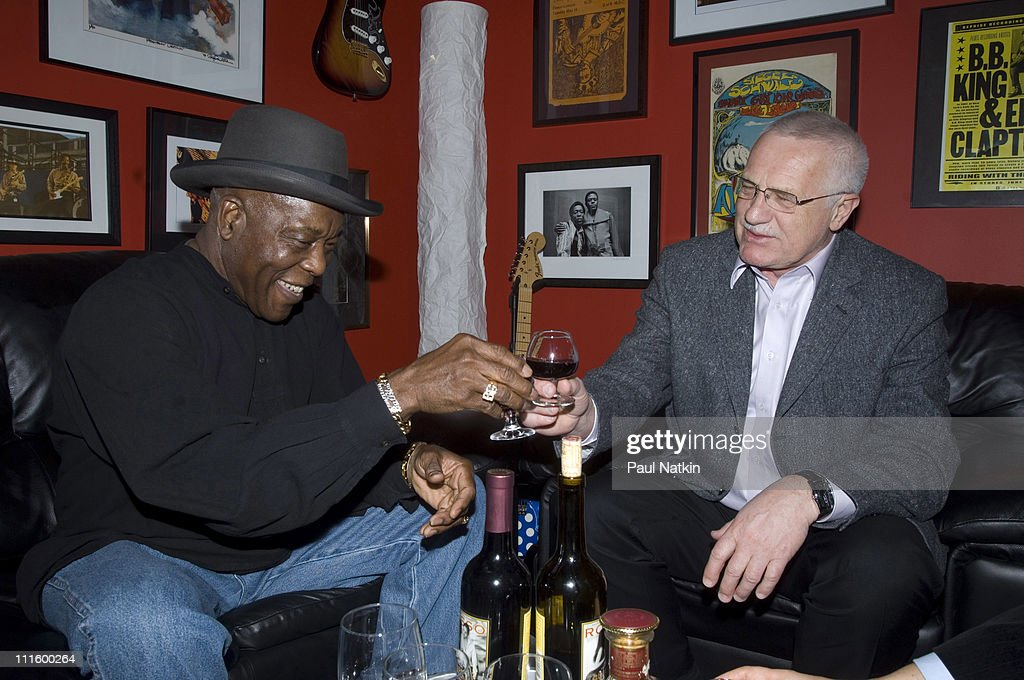 Buddy Guy and Vaclav Klaus, President of the Czech Republic at Legend's-