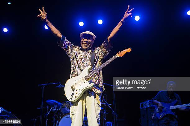 Buddy Guy performs at L'Olympia on July 3 2014 in Paris France