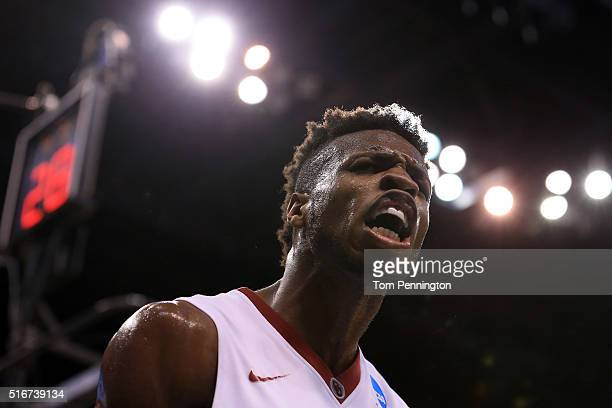 Buddy Hield of the Oklahoma Sooners celebrates in the second half against the Virginia Commonwealth Rams during the second round of the 2016 NCAA...