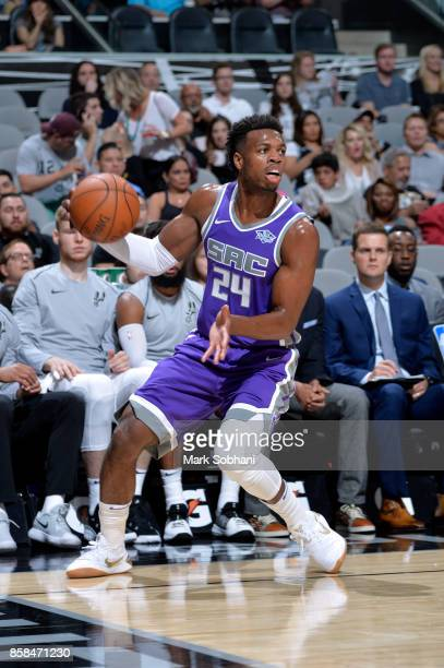 Buddy Hield of the Sacramento Kings handles the ball against the San Antonio Spurs on October 6 2017 at the ATT Center in San Antonio Texas NOTE TO...