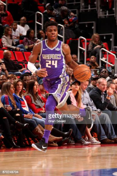 Buddy Hield of the Sacramento Kings handles the ball during the game against the Sacramento Kings on November 4 2017 at Little Caesars Arena in...