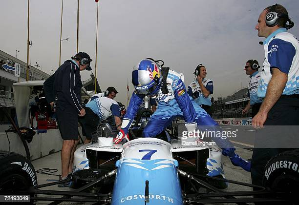 Buddy Rice climbs aboard the Forsythe Championship Racing Lola Cosworth during practice for the Champ Car World Series Gran Premio Telmex at the...