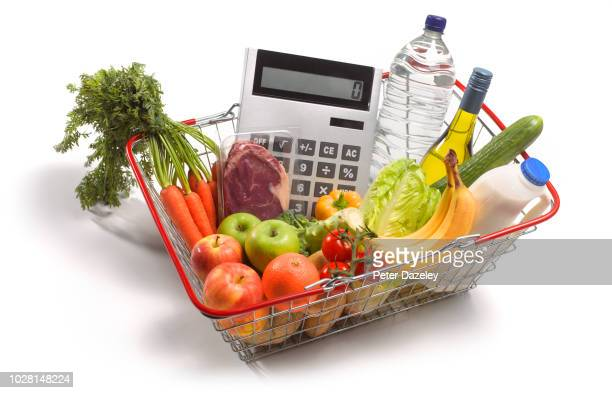 budgeting for weekly shop - budget stock pictures, royalty-free photos & images