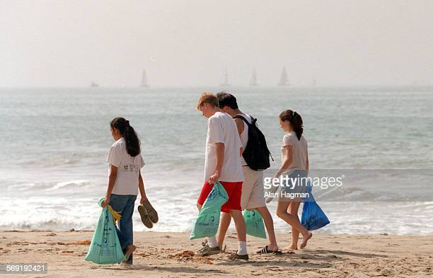 Buena High Students comb San Buenaventura State Beach looking for trash during annual Coastal Cleanup Day