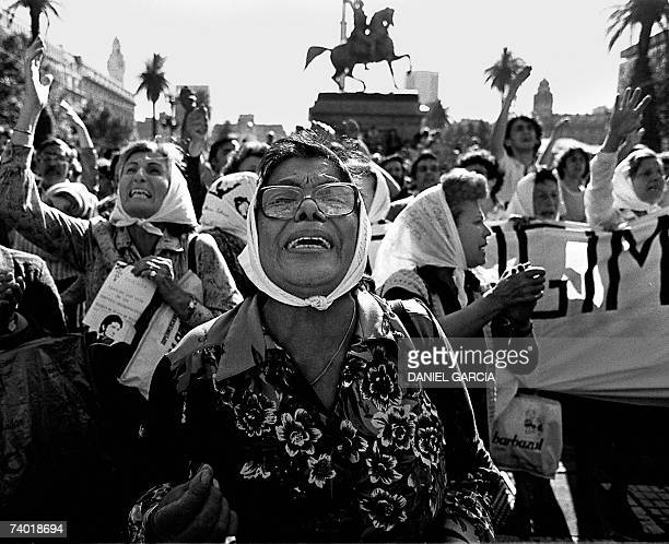 Clara Jurado and other Madres de Plaza de Mayo members claim for their missing sons and daughters in front of the Presidential Palace circa 1982 in...