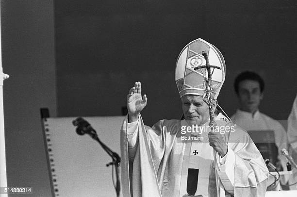 6/12/1982 Buenos Aires Argentina Pope John Paul II blesses a crowd estimated at moer than one million person attending an outdoor mass in Buenos...