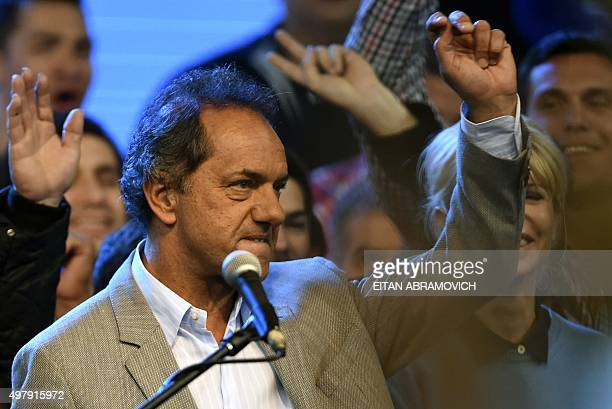 Buenos Aires province governor and presidential candidate for the Frente para la Victoria Daniel Scioli gestures during the closing rally of the...