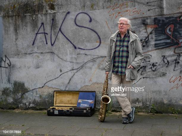 Buergerwehr macht mobil in einem Koelner Stadtviertel Naechtliche Patrouillen sollen für Ruhe und Ordnung sorgen Max Ballauf und Freddy Schenk suchen...
