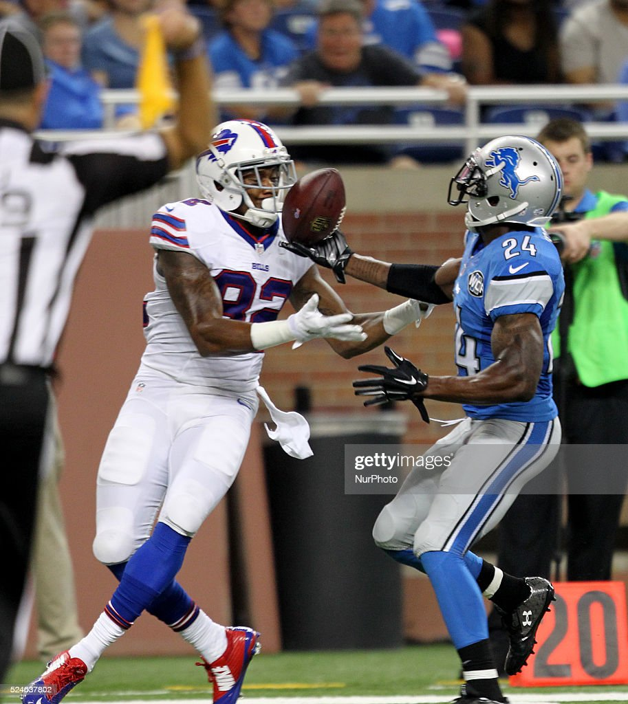 Buffalo Bills vs Detroit Lions : News Photo