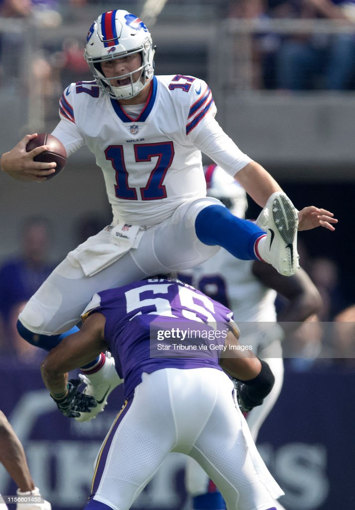 buffalo-bills-quarterback-josh-allen-jum