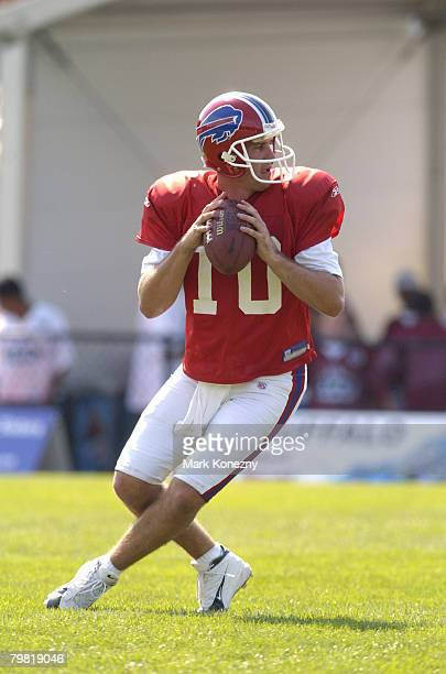 Buffalo Bills quarterback Kelly Holcomb throws a pass during a training camp session for the 2005 season at St John Fisher College in Pittsford New...