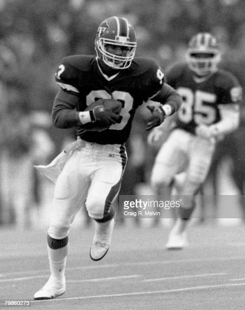 Buffalo Bills wide receiver Andre Reed races downfield after a catch during the AFC Divisional Playoff a 4434 victory over the Miami Dolphins on...