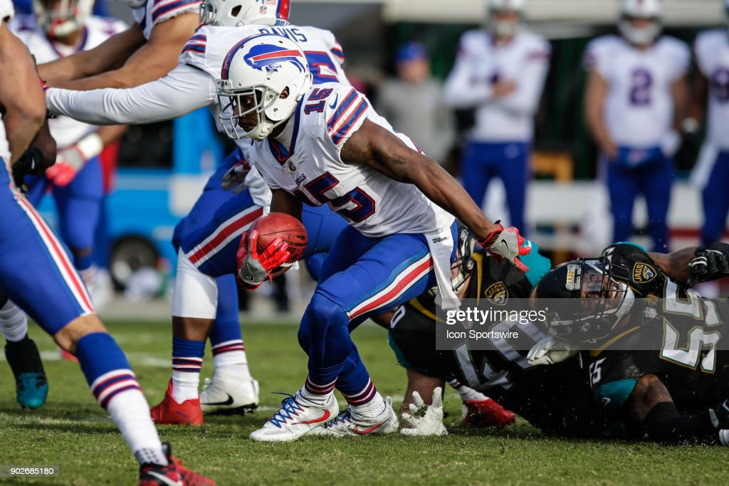 NFL: JAN 07 AFC Wild Card  Bills at Jaguars : News Photo
