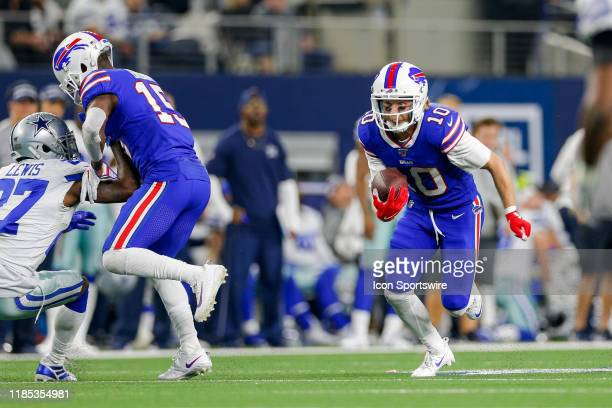 Buffalo Bills Wide Receiver Cole Beasley makes a reception during the game between the Buffalo Bills and Dallas Cowboys on November 28, 2019 at AT&T...