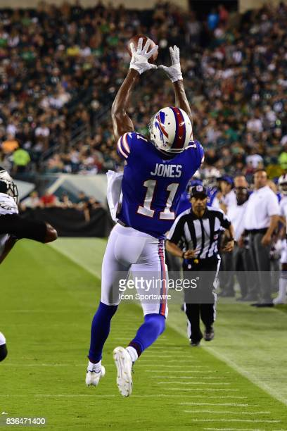 Buffalo Bills wide receiver Zay Jones catches a pass during a NFL preseason game between the Buffalo Bills and the Philadelphia Eagles on August 17...