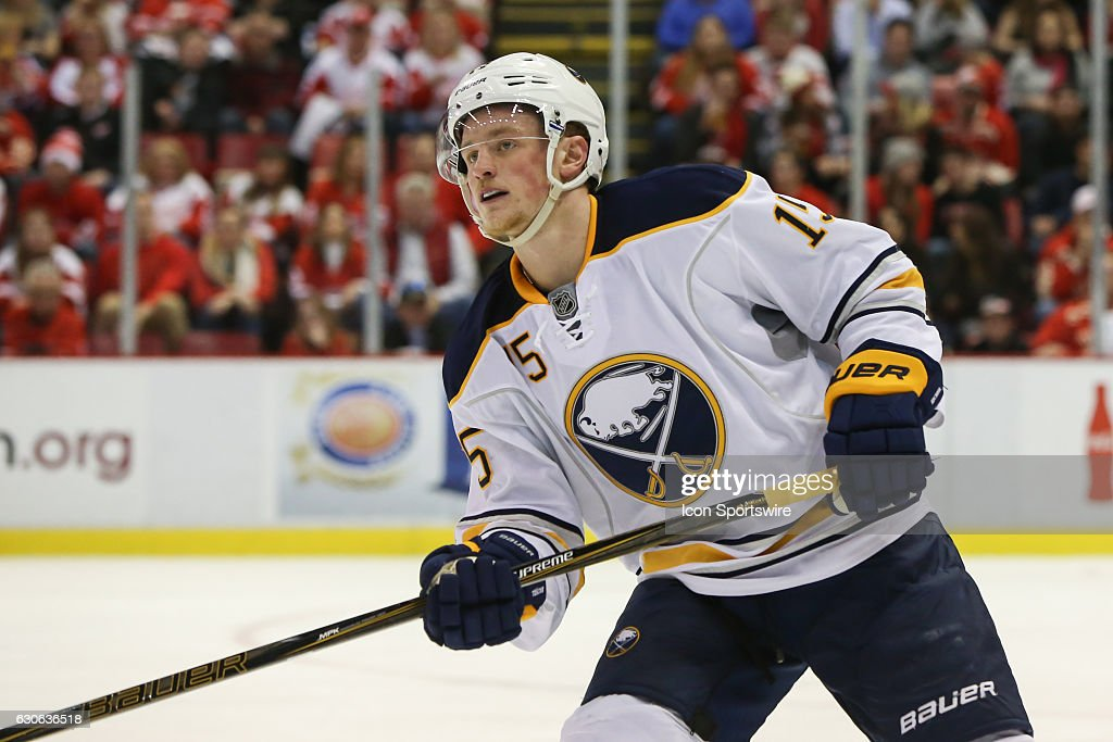 NHL: DEC 27 Sabres at Red Wings : News Photo