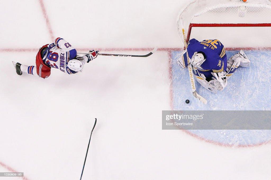 NHL: JAN 26 Rangers at Sabres : News Photo